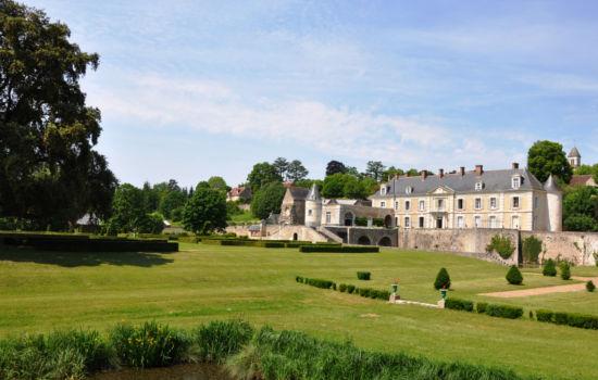 Chateau de Saint Denis sur Loire châteaux qui se visitent région centre jardin parc