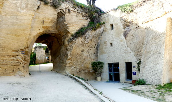 site troglodytique du mystère des Faluns Doué-la-Fontaine scénographie Saumur Val de Loire