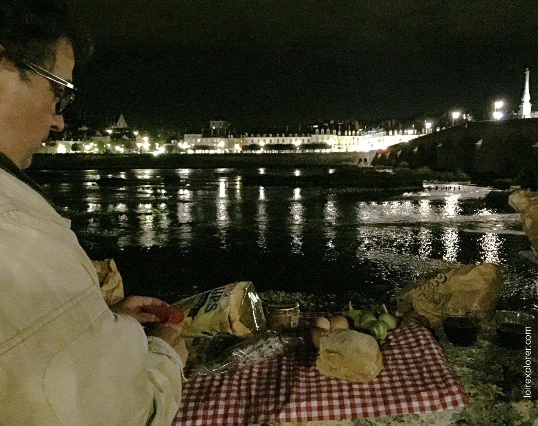 Pique nique sur les bords de Loire à Blois